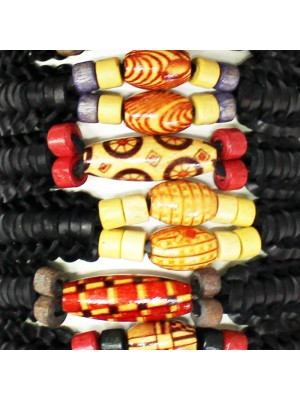 Friendship Leather Bracelet On The Roll Black With Wood Beads